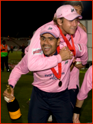 Shah & Malan celebrate the 2008 Twenty20 final win