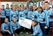 Gladiators with the Norwich Union Trophy, 2000