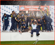Hampshire celebrate winning the T20 Final, 2010