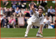 James Kirtley appeals, v Zimbabwe, Hastings, 2000